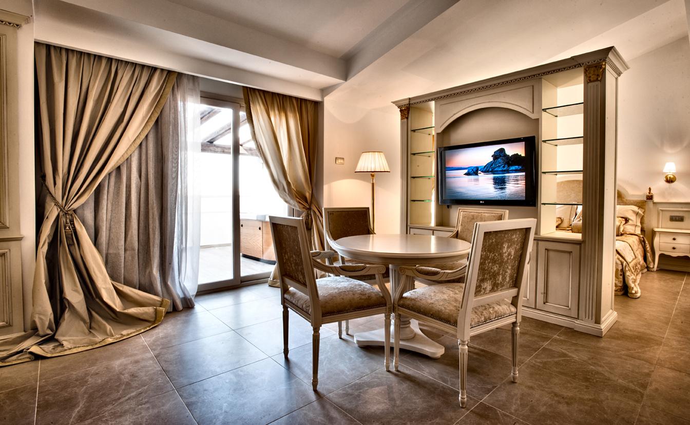 realizzazioni MG sedie - Grand Hotel Ma&Ma