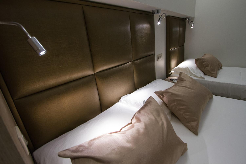 realizzazioni-MG-sedie-hotel-La-Santa-Corsica-10